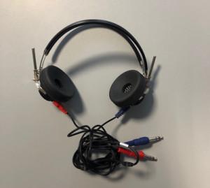 audiometro-portatile-con-via-aerea-Sibelsound-400-cuffie